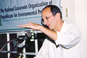 Jim DiPeso speaks at a REP event.